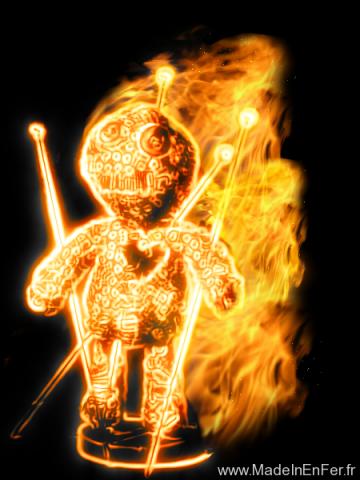 Poupée vaudou en flammes