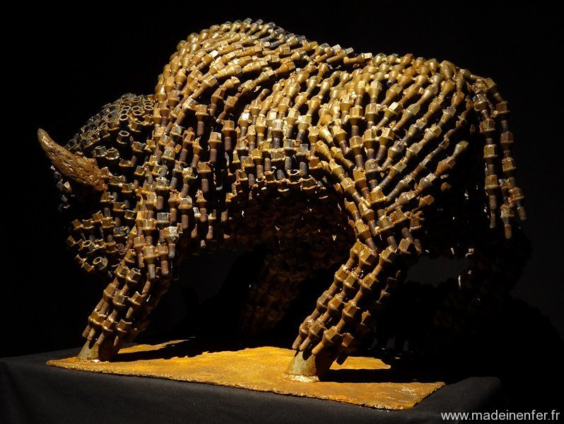 pascal-frieh-sculpture-metal-grand-bison-8